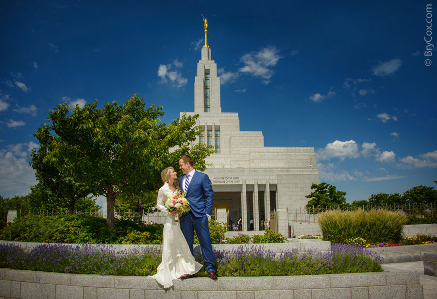 BryCox_Draper_LDS_Temple_Wedding_MattTreva_01